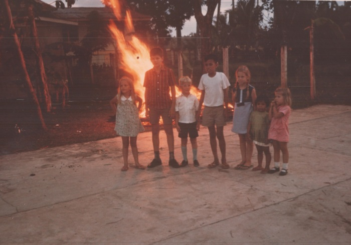 1971-05-01 Burning the Clubouse